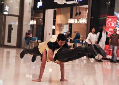 acrobats2