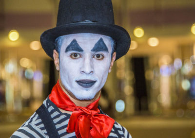 mime show.www.uaecircus.com19