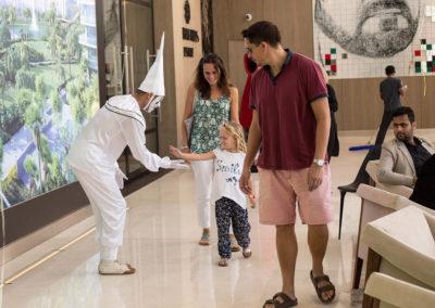 mime show.www.uaecircus.com1