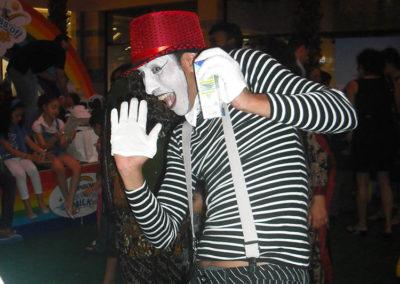 mime show.www.uaecircus.com20