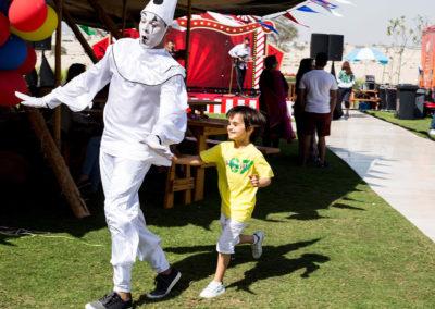 mime show.www.uaecircus.com2