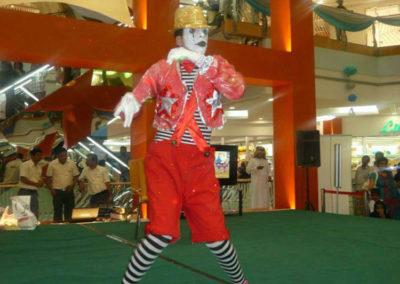 mime show.www.uaecircus.com3
